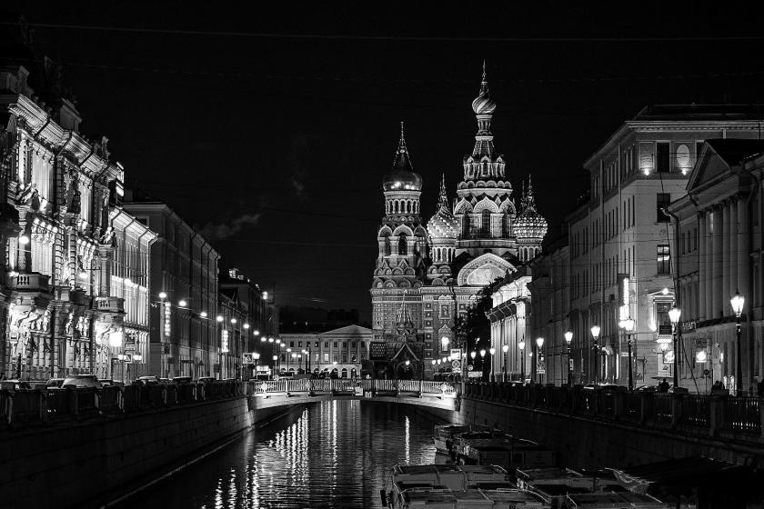 black and white photo of St. Petersburg, Russia